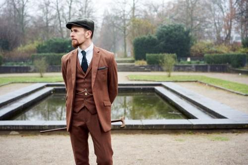 """<a href=""""http://vintagebursche.de/tweed/"""">Tweed</a>"""